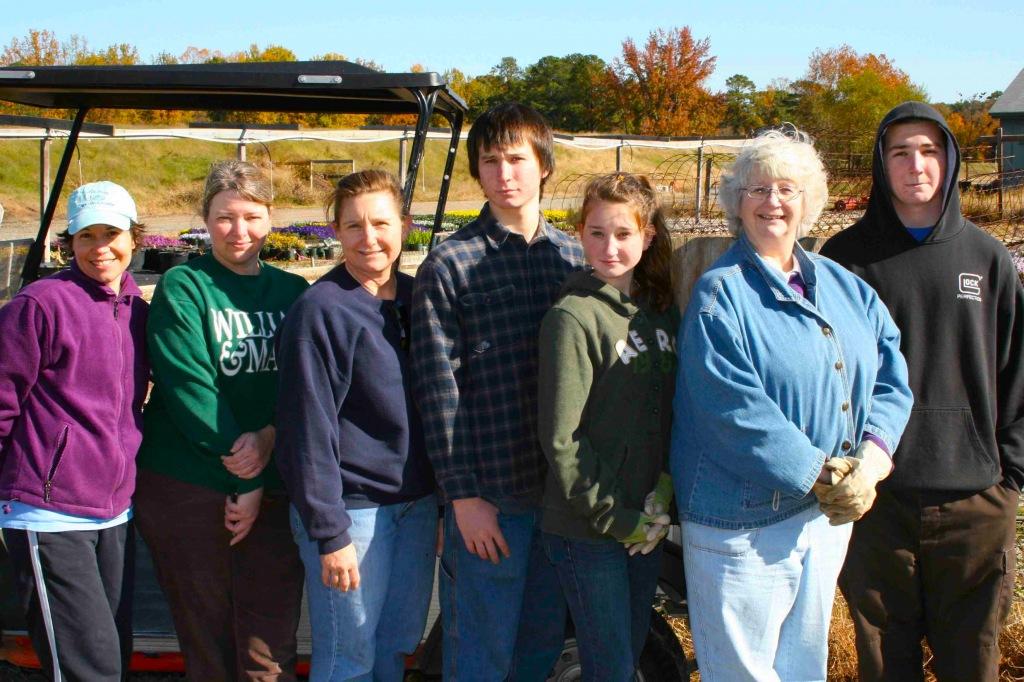 CKG volunteers November 5, 2011 - left to right: Jeannie Arnold, Lisa Wooten, April Hooks, Joshua Hooks, Linda Wakeman, Josephine Hooks, Masen Hooks