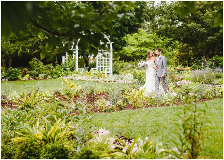 Sarah & Simon in the Grace Arents Garden at Lewis Ginter.