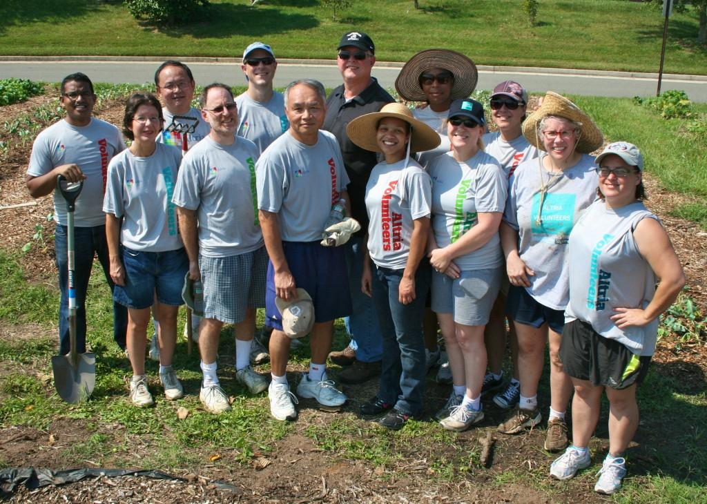 Altria volunteers, Lewis Ginter Community Kitchen Garden.