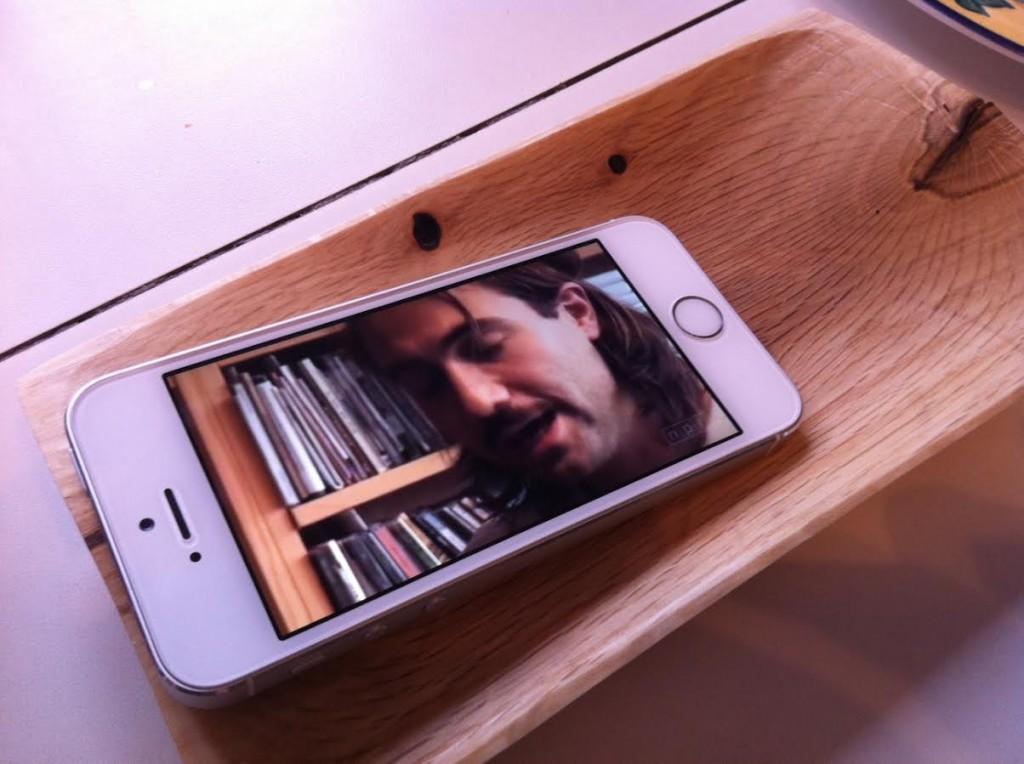 wood bowl as an amplifier.