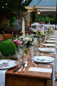 Shenandoah wine dinner table setting.