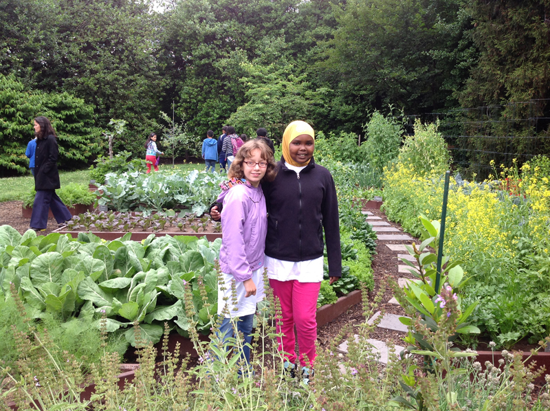 Lilah and Amina in the White House Kitchen Garden