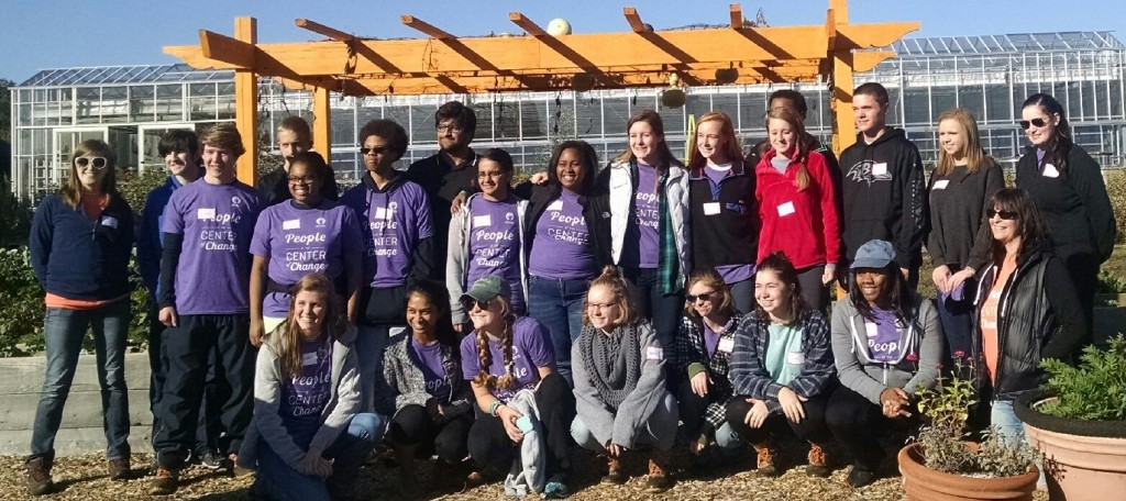 Youth volunteers from handson greater Richmond