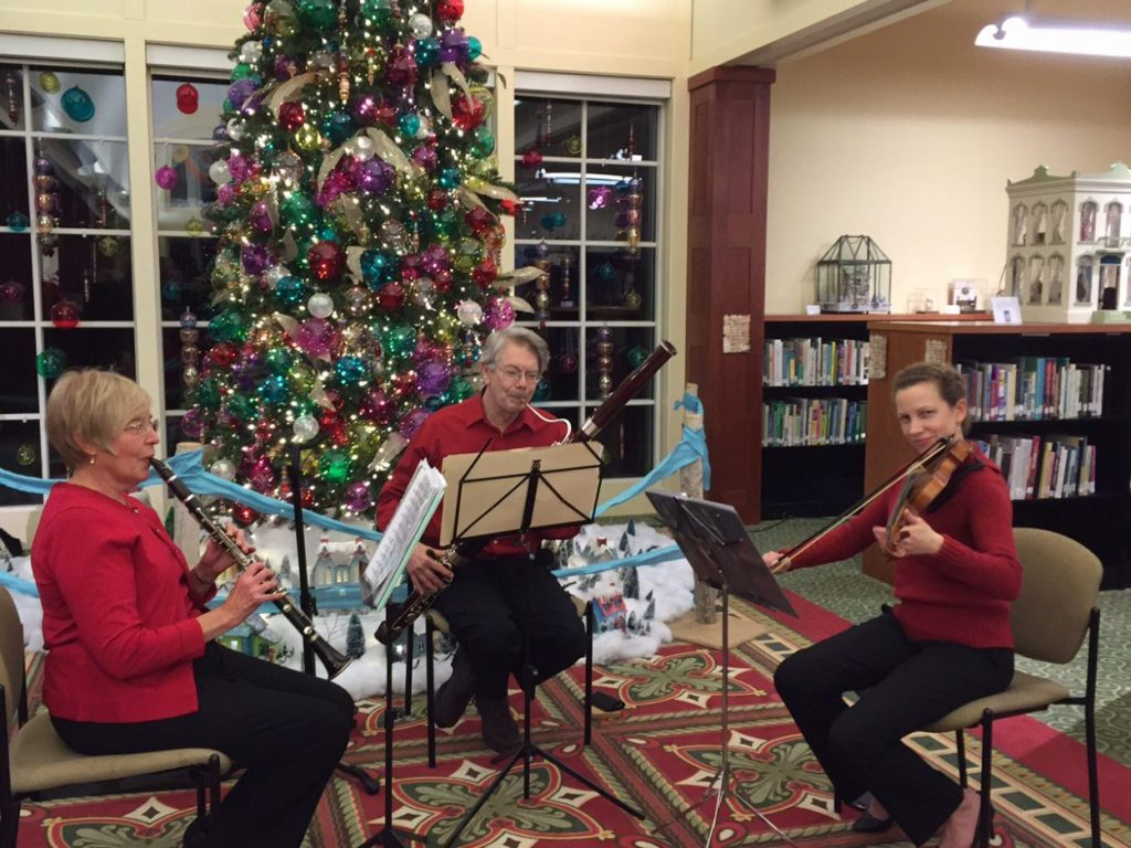 Musical Thursdays at GardenFest of Lights. Image by Shari Adams