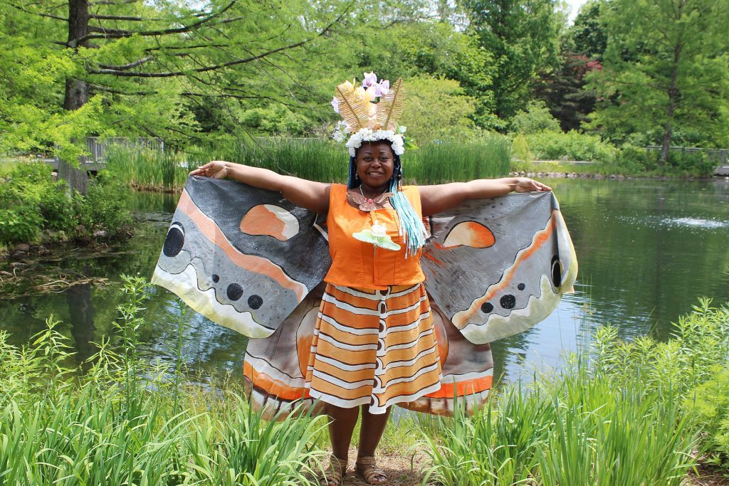 Unicia Buster, Artist as a moth