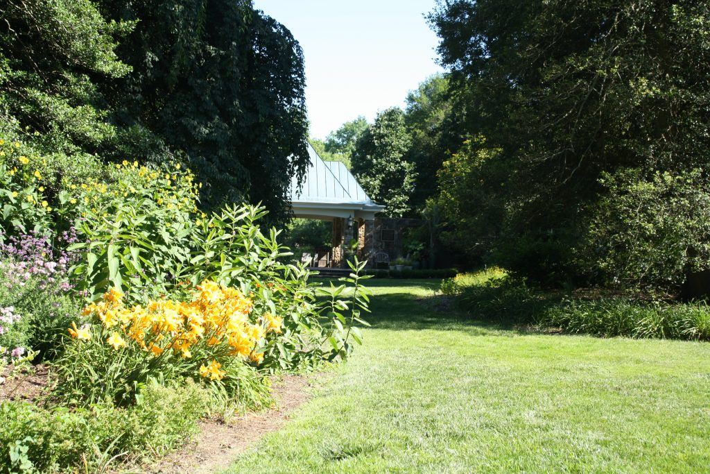 Visiting Flagler Garden in summer with daylilies is one of our Things to do in Richmond.